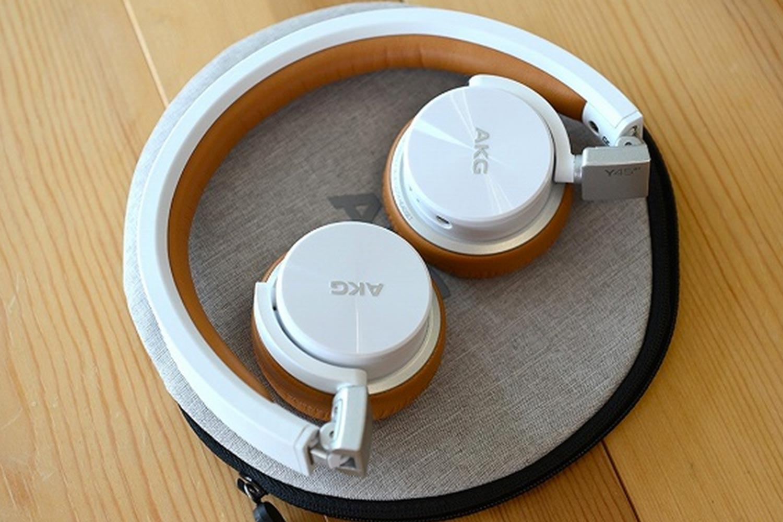 AKG Bluetooth対応ヘッドホン Y45BT