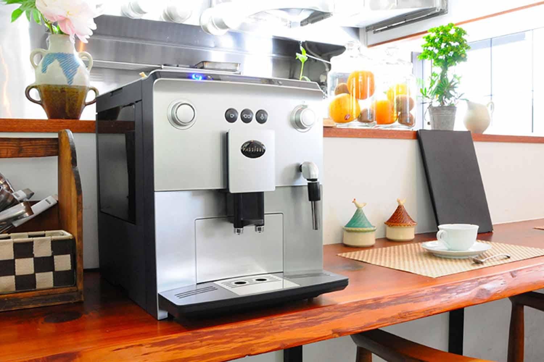 PASSIONE 全自動コーヒーマシン MASTERMIND550