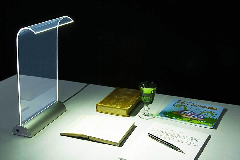 plumscience デスクライト Glowide GW1000N